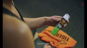 Tiger Balm Active TV Spot, 'Muscle Spray' Featuring Sasha Diguilian - Thumbnail 7