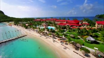 Sandals Resorts in Saint Lucia TV Spot, 'Play Around' Song by Bob Marley - Thumbnail 9