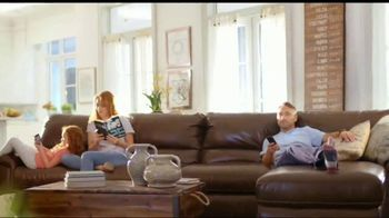 La-Z-Boy 4th of July Sale TV Spot, '30 Percent Off Everything: Recliners' - Thumbnail 3