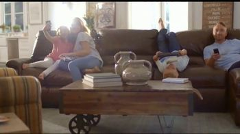 La-Z-Boy 4th of July Sale TV Spot, '30 Percent Off Everything: Recliners' - Thumbnail 5