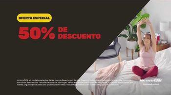 Mattress Firm Venta del 4 de Julio TV Spot, 'King a precio queen' [Spanish] - Thumbnail 5