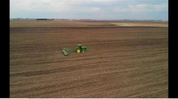 Midwest Seed Genetics TV Spot, 'We Believe in Farmers' - Thumbnail 3