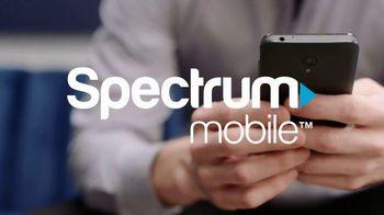 Spectrum Mobile TV Spot, 'Real People, Real Savings' - Thumbnail 1
