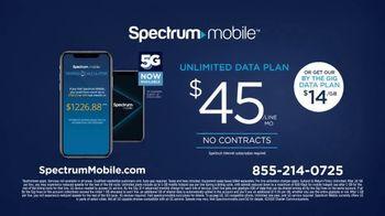 Spectrum Mobile TV Spot, 'Real People, Real Savings' - Thumbnail 8
