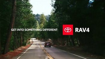 2020 Toyota RAV4 TV Spot, 'Start the Car' Song by So Many Wizards [T2] - Thumbnail 5