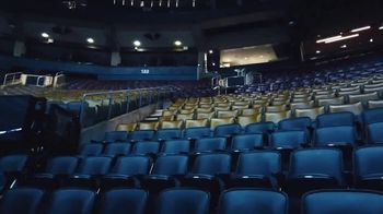 Michelob ULTRA Courtside TV Spot, 'New Normal' - Thumbnail 2
