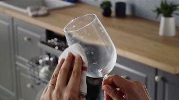Finish Jet-Dry 3 in 1 TV Spot, 'Wet Dishes' - Thumbnail 4