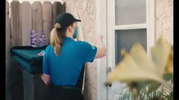 Domino's Cheeseburger and Chicken Taco Pizza TV Spot, 'Designed to Be Delivered' - Thumbnail 2