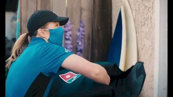 Domino's Cheeseburger and Chicken Taco Pizza TV Spot, 'Designed to Be Delivered' - Thumbnail 7