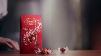 Lindt TV Spot, 'Put the World on Pause' - Thumbnail 10