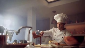 Lindt TV Spot, 'Put the World on Pause' - Thumbnail 3