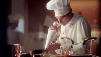 Lindt TV Spot, 'Put the World on Pause'