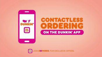 Dunkin' Oatmilk TV Spot, 'Cozy by the Cupful' - Thumbnail 10