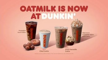 Dunkin' Oatmilk TV Spot, 'Cozy by the Cupful'