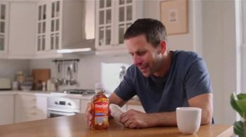 Vicks DayQuil Severe Honey TV Spot, 'Life Doesn't Stop' - Thumbnail 6
