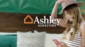 Ashley HomeStore Labor Day Sale TV Spot, '25% Off & Financing' - Thumbnail 1