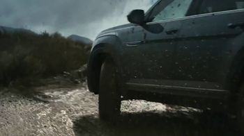 Volkswagen Atlas Cross Sport TV Spot, 'Getting Lost' [T1] - Thumbnail 8