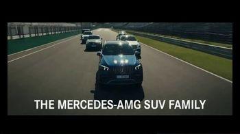 Mercedes-Benz AMG TV Spot, 'SUV Family: Café' [T1] - Thumbnail 4