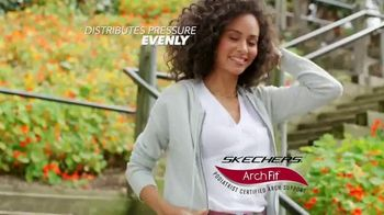 SKECHERS Arch Fit TV Spot, 'Balance and Support' - Thumbnail 4