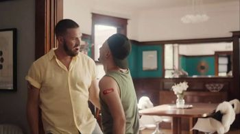Walgreens TV Spot, 'Defend Your Crew Against the Flu' - Thumbnail 3