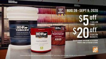 BEHR Paint Labor Day Savings TV Spot, 'The Deck: Discounts' - Thumbnail 7
