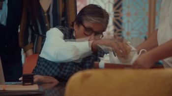 Bikaji TV Spot, 'Amitji Loves Bikaji: No Chai Without Bhujia' Featuring Amitabh Bachchan - Thumbnail 5
