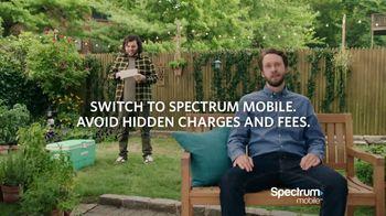 Spectrum Mobile TV Spot, 'Singing To the Plants' - Thumbnail 9