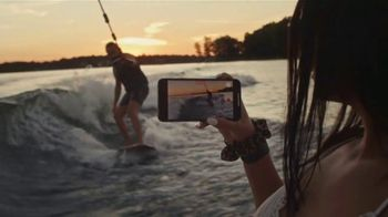 T-Mobile TV Spot, 'Get Two iPhones' - Thumbnail 3