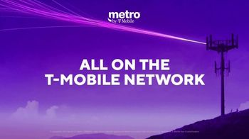 Metro by T-Mobile TV Spot, 'Rule Your Day: iPhone SE: $49.99' - Thumbnail 5