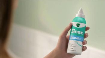 Vicks Sinex Saline TV Spot, 'Instantly Clear' - Thumbnail 2