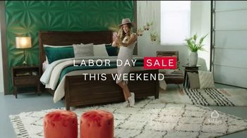 Ashley HomeStore Labor Day Sale TV Spot, 'Doorbusters, Queen Bed and Special Financing' - Thumbnail 2