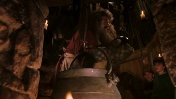 The Wizarding World of Harry Potter TV Spot, 'Hagrid's Magical Creatures Motorbike Adventure: Half-Giant Host' - Thumbnail 4