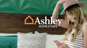Ashley HomeStore Venta de Labor Day TV Spot, '25% de descuento' [Spanish] - Thumbnail 1