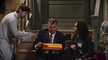 Little Caesars Pizza TV Spot, 'Ion Television: Detectives Delivery' - Thumbnail 9