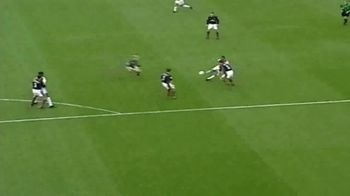 Premier League TV Spot, 'Ian Wright Discusses Theirry Henry Goal' - Thumbnail 9