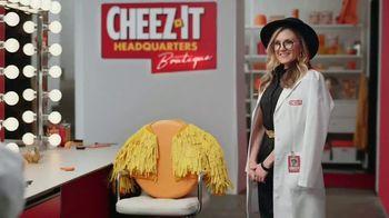 Cheez-It Extra Cheesy TV Spot, 'Cheese Coat Makeover' - Thumbnail 9