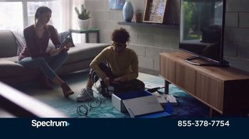 Spectrum TV Spot, 'Moving Can Be Hectic' - Thumbnail 3