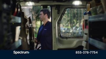 Spectrum TV Spot, 'Moving Can Be Hectic' - Thumbnail 6