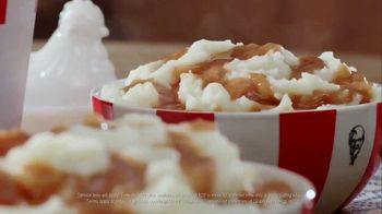 KFC $20 Fill Up TV Spot, 'Homestyle Cookin' Without the Cookin'' - Thumbnail 7