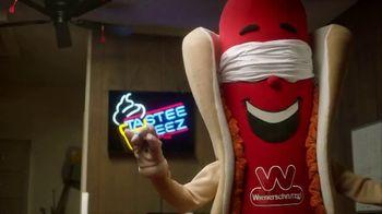 Wienerschnitzel TV Spot, 'World of Wieners' - Thumbnail 5