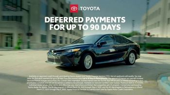 Toyota TV Spot, 'Here to Help: On the Road: 90 Day Deferment' [T1] - Thumbnail 5