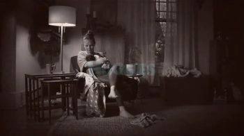Huggies Special Delivery TV Spot, 'Perfectly Calm: Wipes' - Thumbnail 2