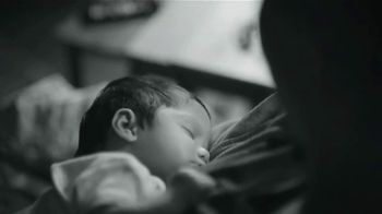 Huggies Special Delivery TV Spot, 'Perfectly Calm: Wipes' - Thumbnail 4