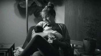 Huggies Special Delivery TV Spot, 'Perfectly Calm: Wipes' - Thumbnail 5