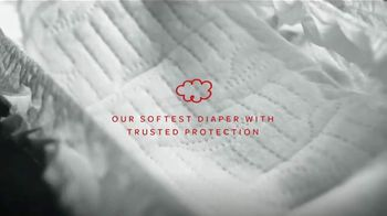 Huggies Special Delivery TV Spot, 'Perfectly Calm: Wipes' - Thumbnail 8