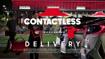 Pizza Hut Big Dinner Box TV Spot, 'Safety Sticker' - Thumbnail 6