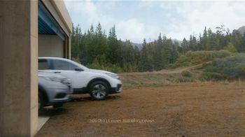 Honda Dream Garage Spring Event TV Spot, 'CR-V and HR-V' Song by Danger Twins [T2] - Thumbnail 3