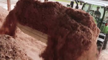 Fendt TV Spot, 'Farmers Protect Our Food' - Thumbnail 3