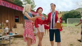 Smirnoff Seltzer TV Spot, 'Hang Out From Home: Megan's Inner Monologue' Featuring Megan Rapinoe - Thumbnail 4
