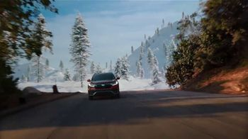 Honda CR-V Hybrid TV Spot, 'De la ciudad a las montañas' canción de Carlos Sadness, Bomba Estéreo [Spanish] [T1] - Thumbnail 5